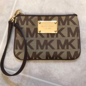 MK Michael Kors logo wristlet wallet gold tan